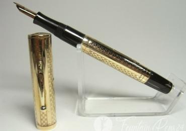 Rare WATERMAN ´s 0552 fountain pen gold overlay semi flex B nib Fresh Service