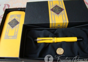 Parker Duofold Mandarin Yellow Limited Edition Fountain Pen
