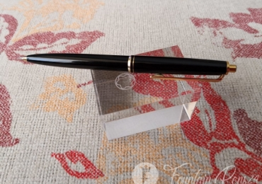 VINTAGE 1960S MONTBLANC  BLACK RESIN & GOLD PUSH BUTTON REPEATER MECHANICAL PENCIL